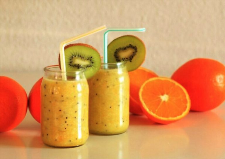 Kiwi and Orange Smoothie