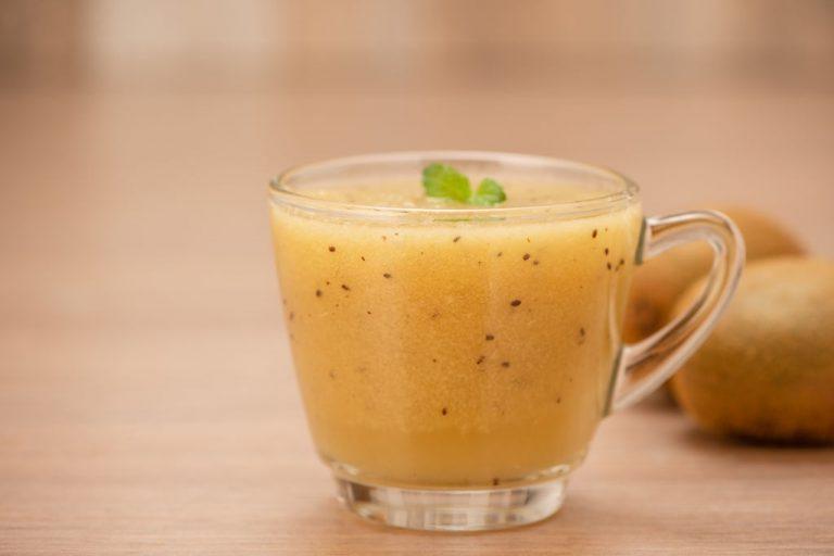 make kiwi pineapple juice in easy steps